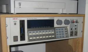 Akai S1000 MIDI Stereo Digital Sampler